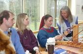 Alamannisches Handwerk - Stoffherstellung und Brettchenweben