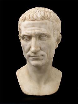 Auf diesem Bild ist die Büste von Kaiser Caesar im Limesmuseum Aalen zu sehen.