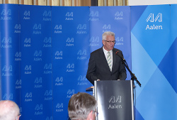 Winfried Kretschmann bei seiner Ansprache