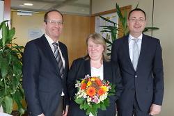 Oberbürgemeister Thilo Rentschler und Bürgermeister Karl-Heinz Ehrmann begrüßten die neue Leiterin des Rechnungsprüfungsamtes der Stadt Aalen Wilma Wiegand.