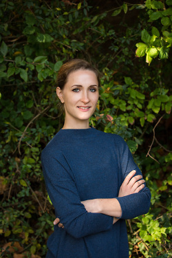 Elena Wirth