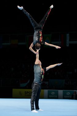 Herrenpaar Sportakrobatik