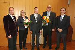 Bürgermeister Karl-Heinz Ehrmann, Carmen Schweinstetter, OB Thilo Rentschler, Markus Haas (neuer AL Gebäudewirtschaft), Bürgermeiste Wolfgang Steidle