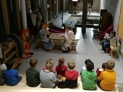 Römer live begegnen staunenden Kinderaugen