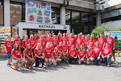 Schüleraustausch 2017 mit OB Rentschler vor dem Aalener Rathaus