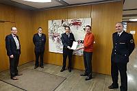 OB Thilo Rentschler (2.v.re.) überreichte Daniel Höll (Mitte) seine Ernennungsurkunde. Mit auf dem Bild (v.li.): Bürgermeister Karl-Heinz Ehrmann, Abteilungskommandant Michael Wagner und Kommandant Kai Niedziella.