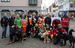 Rentschler begrüßt Rettungshundestaffel