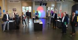 Die Kuratoriumsmitglieder der Carl-Schneider-Stiftung haben das Mitmachmuseum explorhino besichtigt und dort die Verteilung der Ausschüttung beschlossen.