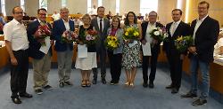 OB Thilo Rentschler sowie die Dezernenten Wolfgang Steidle und Karl-Heinz Ehrmann gratulierten den neugewählten Ortsvorstehern.