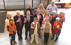 Die Organisatoren der Interkulturellen Woche in Aalen haben mit OB Thilo Rentschler ihr Programm für 2019 präsentiert.