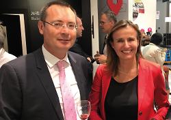 OB Thilo Rentschler sprach in München mit Wirtschaftsstaatssekretärin Katrin Schütz (re.).