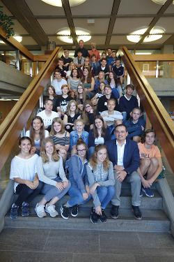 Erster Bürgermeister Steidle empfängt polnische Schüler im Rathaus