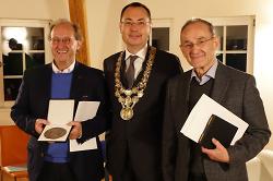 Ehrenplakette der Stadt Aalen an Gerhard und Manfred Grimminger verliehen