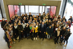 Schüler aus St. Lô von OB Rentschler begrüßt