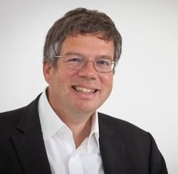 Dr. Uwe Scharfenecker