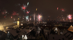 Feuerwerk über der Innenstadt von Aalen