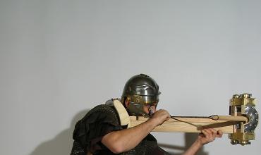 Der Tod aus dem Nichts - Antike Geschütze