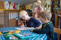 Stadt gewährleistet Notbetreuung in den Pfingstferien für Schüler und Schülerinnen der Klassen 1 bis 7 in Aalen
