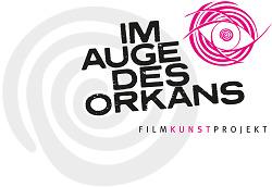 """Auf diesem Bild ist das Logo des Filmkunstprojekts """"Im Auge des Orkans"""" zu sehen."""